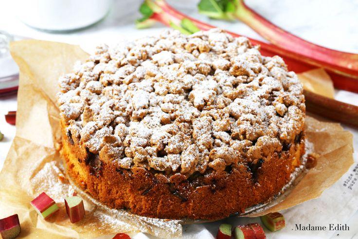 Ciasto z rabarbarem i kruszonką cynamonową - Madame Edith