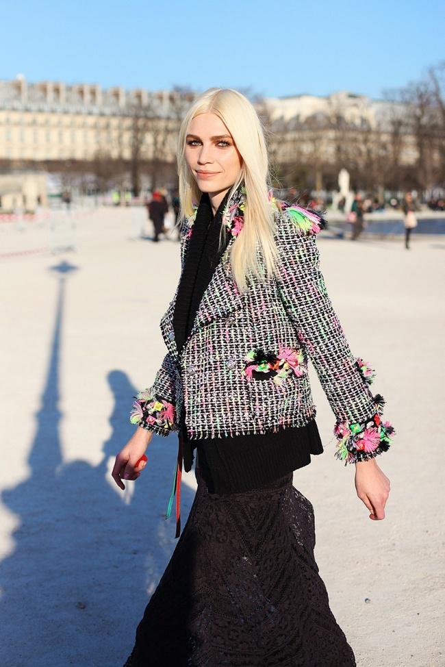 cray tweed: Chanel Tweed, Style Street, Wear Blazers, Street Style, Chanel Numbers, Aline Weber, Street Fashionista, Oracle Foxes, Tweed Blazers Chanel