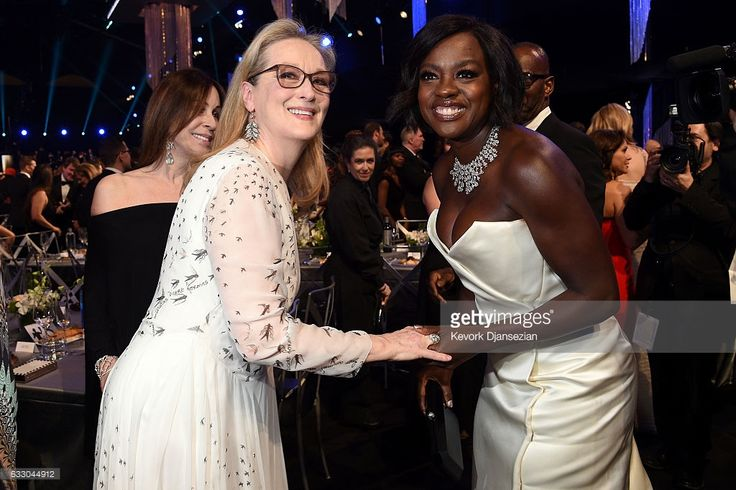 Actors Meryl Streep (L) and Viola Davis attend the 23rd Annual Screen Actors Guild Awards Cocktail Reception at The Shrine Expo Hall on January 29, 2017 in Los Angeles, California.