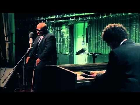 ▶ GNARLS BARKLEY - CRAZY - SLOW VERSION - EXCELLENT - YouTube