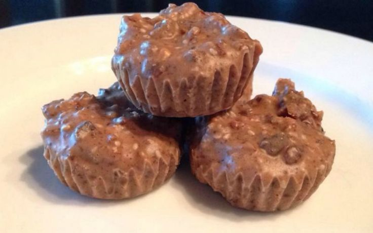 These Healthy Protein Packed Chocolate Bites contain everyday ingredients that you probably already have on hand in the pantry.