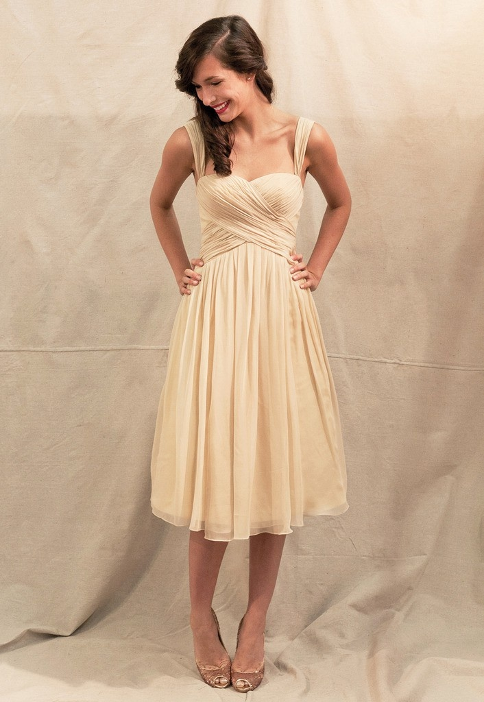 LOVE this dress for bridesmaids
