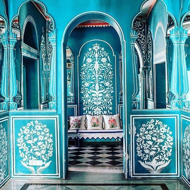 A wonderful detailed history of floral symbolism and decoration in India  Photo from @vogueliving  . Decofair Exhibtion 2016 is the most luxurious furniture and interior expo in Saudi Arabia will be at the Jeddah Hilton  Hotel from 7-10November 2016 from 4 PM till 10 PM  #reedsunaidiexpo #sunaidiexpo  #decofair #exhibition #interiordesign #decor #homedecor #interior #interiordesign #design #outdoor  #art #furniture  #saudiarabia  #jeddah #riyadh