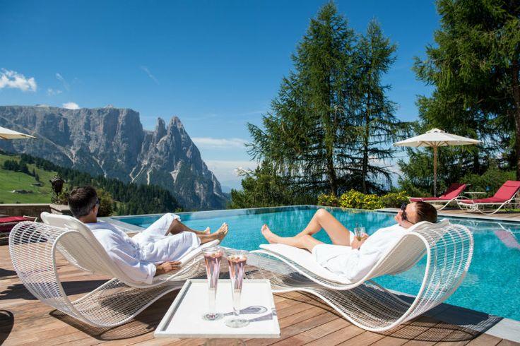 Infinity Pool #hotelrosa #seiseralm #alpedisiusi