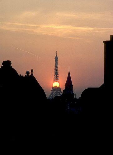 Sunset on the Eiffel tower, Paris