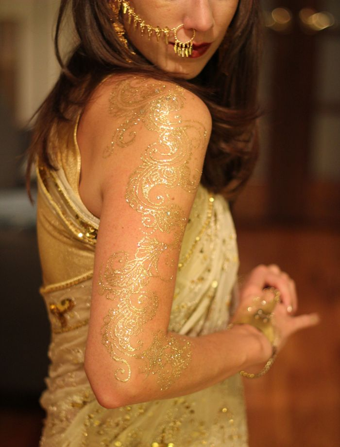 Gold glitter Henna Tattoo in NYC
