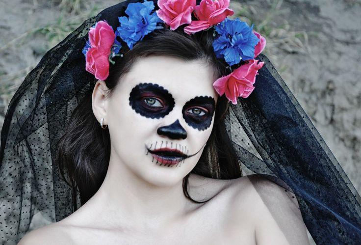 Визажист: Ульяна Прасол http://vk.com/id136010358 Модель:Валерия Морозова http://vk.com/id22775077  Фото - Рыжая Кошка https://m.vk.com/id.house #halloween  #girl #photo #fashion #costumes #flowers #inspiration #color #Dress #Model #photostudio #MUAH #makeup #hairstyle #portrait #gothic #gothicgirl  #Dark #Beauty