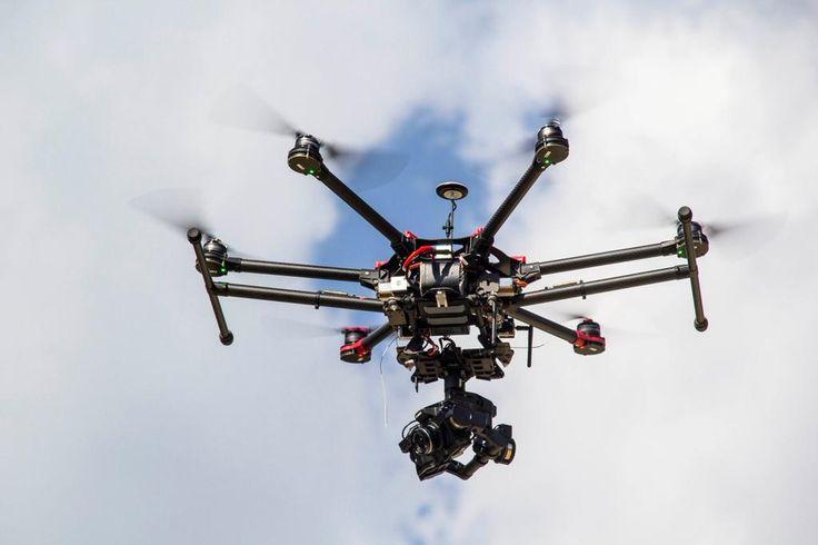 W trakcie 27 Biegu Niepodległości z powietrza będzie nas wspomagać Drone X Vision http://www.dronexvision.pl  :D