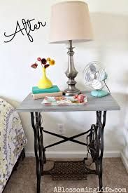 Картинки по запросу стол из старой швейной машинки