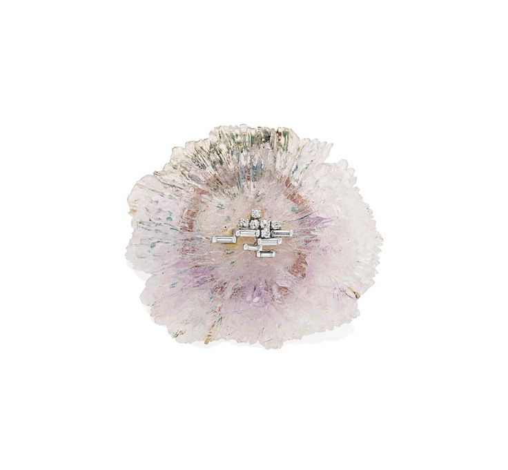 A pendant brooch of circa 1980 with an amazing quartz flower stars at BRAFA 2016. Avant-garde jewellery designer Jean Vendome (1930) decorated the piece with a geometric pattern of 18kt white gold and diamonds. Coll. Galerie Martel-Greiner.  BRAFA 2016 is blooming, with 137 top art dealers and the Ghent Floralies as guest of honour.