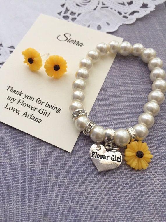 Sunflower, sun flower, stretchy, flower girl, flowergirl, pearl, bracelet, matching earrings. CHILD sized. Comes with jewelry box and card.