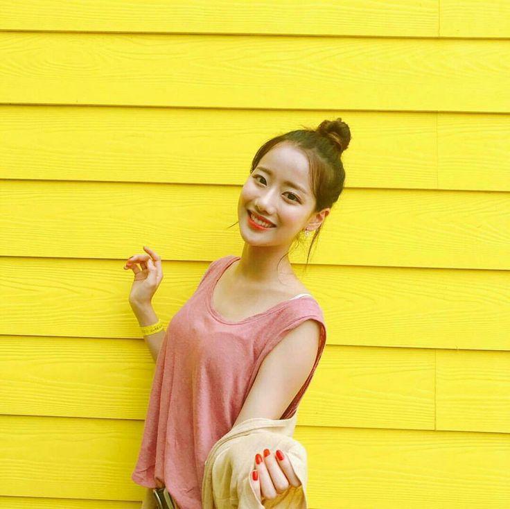 Naeun April IG update
