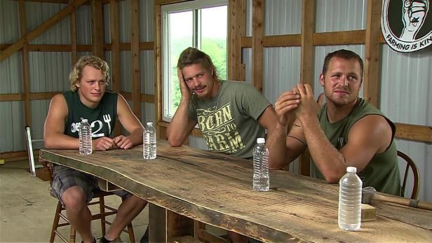 Watch Farm Kings Season 4 from GAC