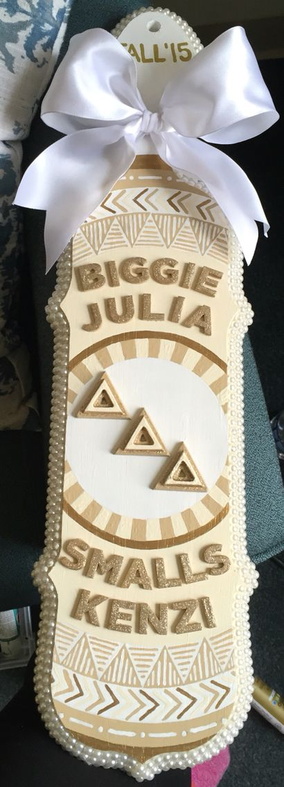 Paddle ideas chic sophisticated sorority big little pearls tan beige white bow tribal design