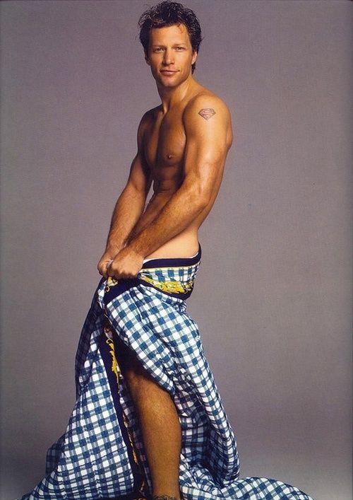 80s-90s-supermodels:  Versace 1996Model: Jon Bon Jovi  GOOD AFTERNOON!