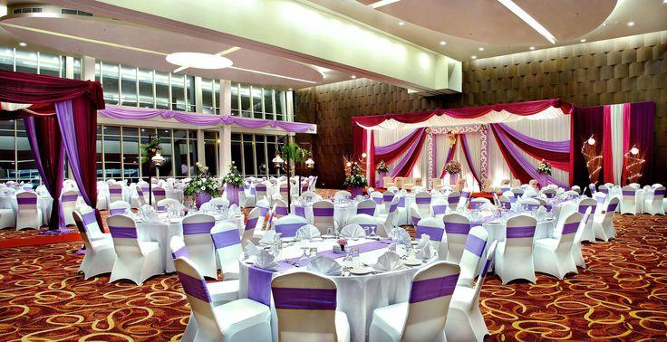 Paramount Ballroom #AtriaHotelSerpong #roundtable #wedding #setmenu #ballroom
