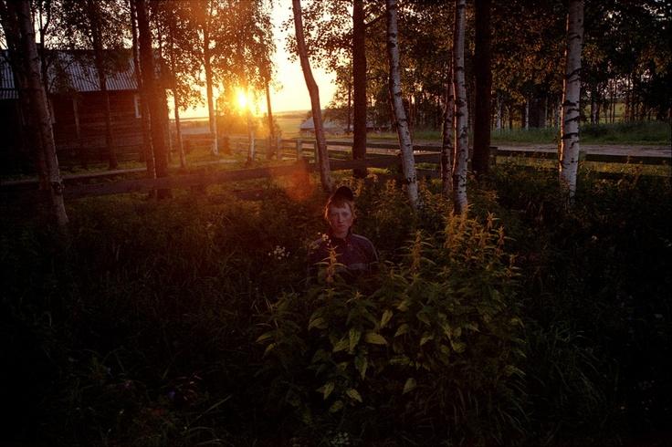 'Ivan and the moon' by Daria Tuminas  http://staytunedexpo.wordpress.com/2011/01/12/ivan-and-the-moon-by-daria-tuminas/#: Ivan, Daria Tumina, The World, The Moon