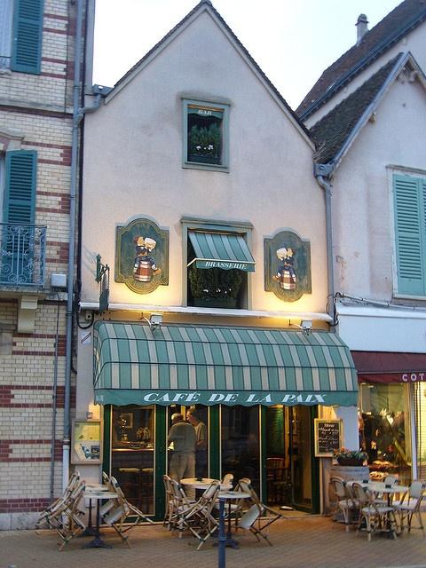 Paris Cafe De La Paix Awnings