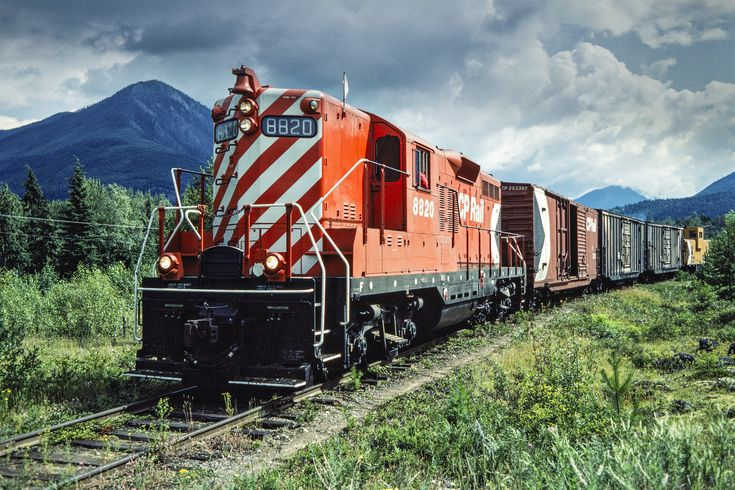 CP, Nakusp, British Columbia, 1983 Northbound Canadian Pacific Railway local freight train led by GP9 no. 8820 at Nakusp, British Columbia, on July 14, 1983. Photograph by John F. Bjorklund, © 2015, Center for Railroad Photography and Art. Bjorklund-38-09-05