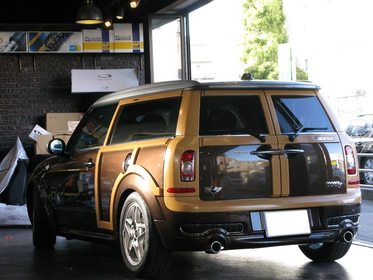 "MINI Cooper Clubman S with ""Traveller"" woody design - nice."
