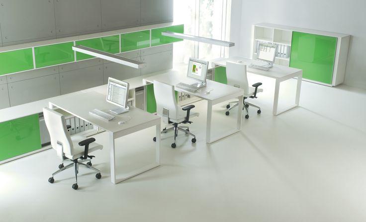BRAND to system mebli pracowniczych i gabinetowych. Jego modernistyczny charakter podkreślony subtelną kolorystyką oraz kontrast z dekonstruktywistycznym frontem z żywicy poliestrowo-szklanej wpisują BRANDA we współczesny obraz nowoczesnego i funkcjonalnego biura. #mebelux #lobos #krzesło #biuro #meblebiurowe #meble #furniture #work #design #chair #wnętrza www.meble.lobos.pl/