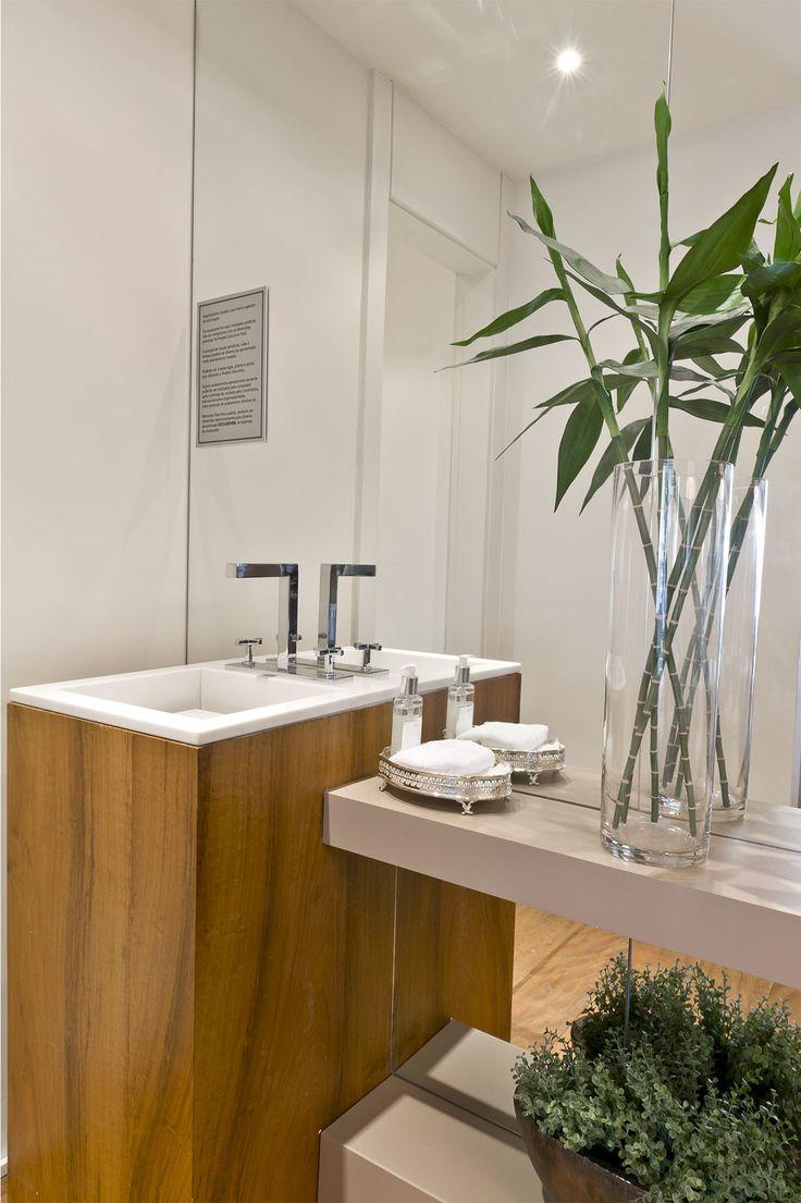 Best 25 full wall mirrors ideas on pinterest diy for Bathroom full wall mirror