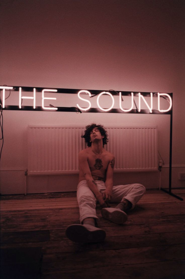 159 best // THE 1975 // images on Pinterest | The 1975, Matt healy ...