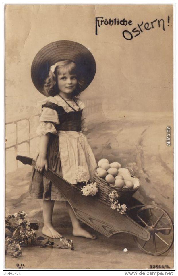 Glückwunsch: Fröhliche Ostern: Kind Mit Eiern In Schubkarre 1903