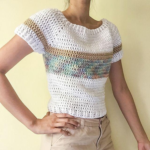 Short Sleeved Pullover in crochet - free pattern