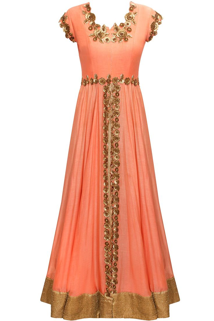 Peach floral sequins embroidered flared gown by Pranthi Reddy. Shop now: http://www.perniaspopupshop.com/designers/pranthi-reddy #gown #pranthireddy #shopnow #perniaspopupshop