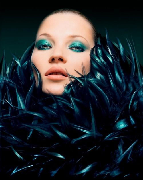 who doesn't love Kate?: Alexander Mcqueen, Moss Covers, Colors Photography, Supermodels Shrine, Katemoss, Green Eye, Magazines Covers, Kate Moss, Shadows Photos