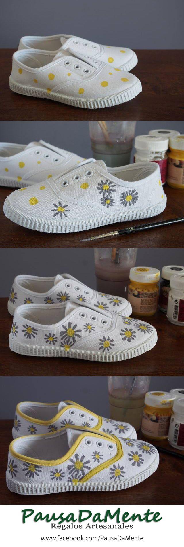 Zapatillas  pintadas a mano. Hand painted sneakers