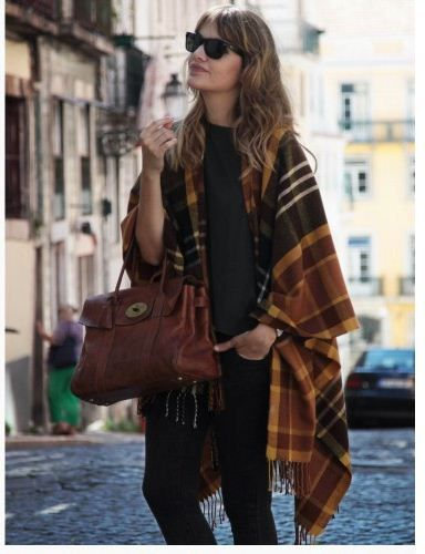 """Plaid cape from """"My daily style"""""""