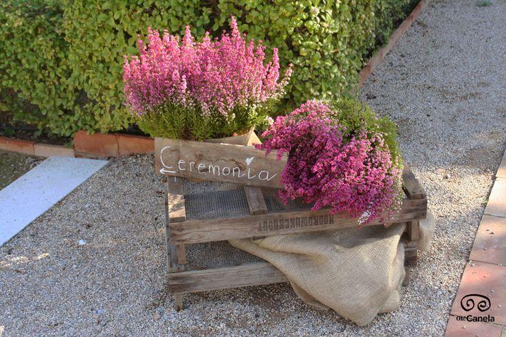 Boda otoñal con flores silvestres en los jardines de #torredezoco. #bodacivil  #civilwedding
