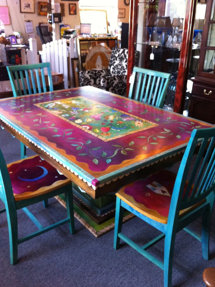 Gorgeous Hand painted table and chairs. Now I can't decide how to do our table. Hmmm