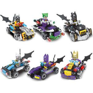 a mini figurines batman et son vehicule