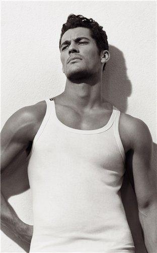 Дэвид Ганди в фотосессии Underwear для Дольче и Габбана весна-лето.Фотограф Марио Виванко (2008г) David Gandy for D&G Underwear Spring/Summer 2008 by Mariano Vivanco.