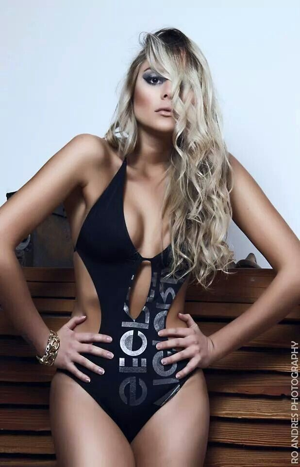 Model: Constanza Villalon  Ph: Ro Andres