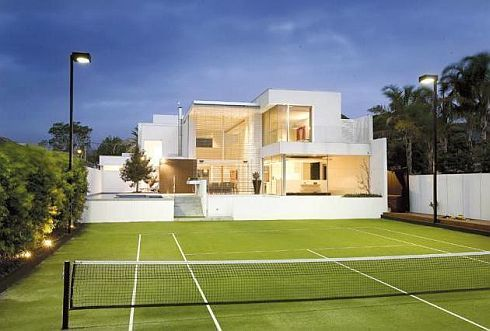 Luxury Brighton House With Tennis Court in Melbourne, Design by Nic Bohsler, post by Davina Ismail for Flickrfotos.comHomeTrends