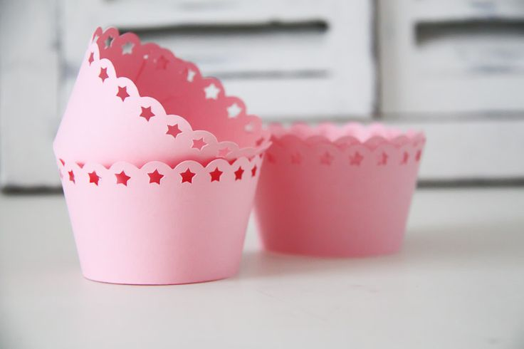 Scalloped Stars Cupcake Wrappers - Teelee - A Bits & Bobs Brand