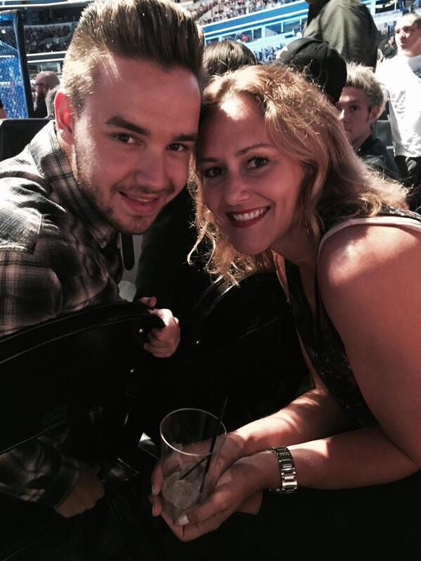 Liam Payne at UFC fight last night with a fan July 24, 2015