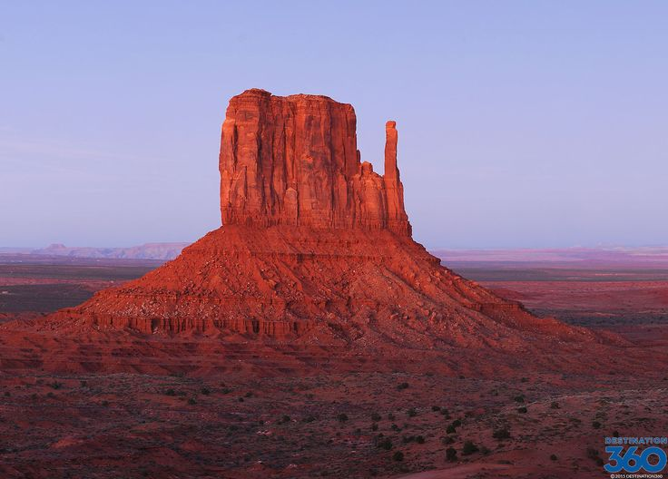 Monument Valley Utah - Take a cyber Monument Valley tour where you can learn about Monument Valley lodging and and Monument Valley hotel options.