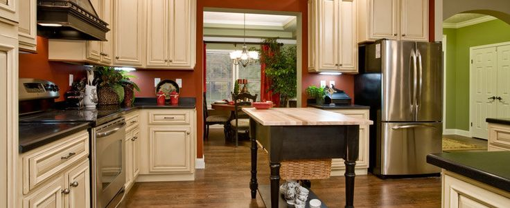 I also love this kitchen, the cabinets are beautiful.