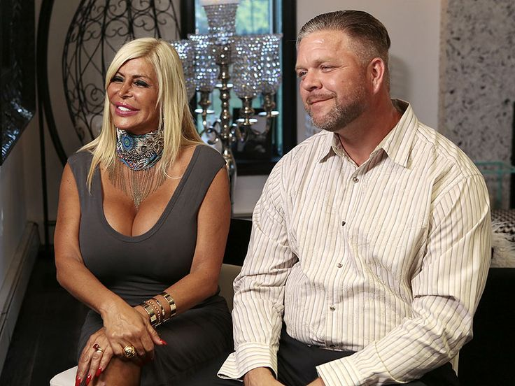 Angela 'Big Ang' Raiola's Estranged Husband Was By Her Side in Final Hours: 'He's Part of Her Life,' Friend Says http://www.people.com/people/package/article/0,,20981907_20988171,00.html