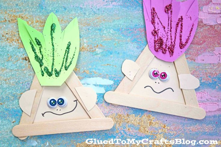 Inspired by my childhood and a recent movie release – I welcome the new year with our Popsicle Stick Trolls kid craft idea!!! Perfect for kids {and adults} this magical craft is inexpensive, super simple and perfect for puppet play, party decor or just to show off on your art display! So what are you …