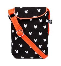 Buy Printed Sling Bag @ Rs.499 only. Team this bag with your jeans and tee to sport a cool image.