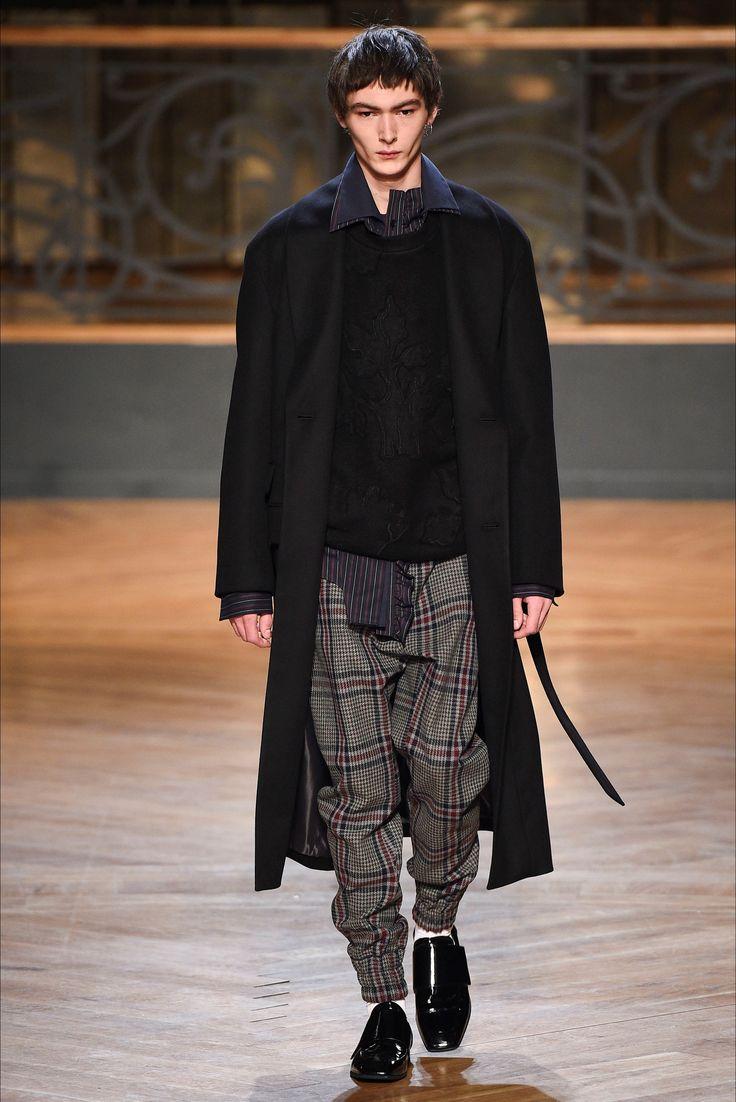 Sfilata Moda Uomo Wooyoungmi Parigi - Autunno Inverno 2017-18 - Vogue