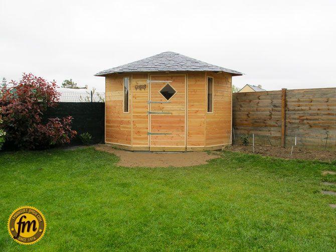Cabane de jardin d 39 angle sur mesure charpente for Abris de jardin sur mesure