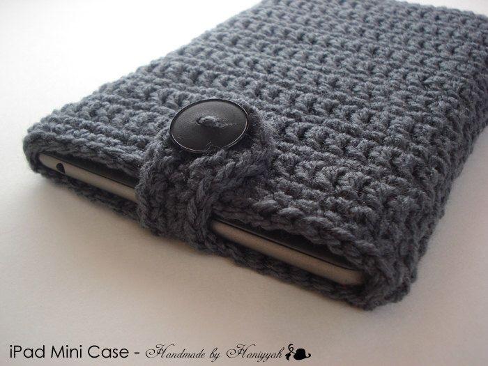 gris de ganchillo hecho a mano - carbón de leña de iPad mini - funda Nook - Kindle- de HaniyyaBazaar en Etsy https://www.etsy.com/es/listing/117141268/gris-de-ganchillo-hecho-a-mano-carbon-de