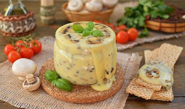 Нереальная вкуснятина! Домашний плавленый сыр с шампиньонами |